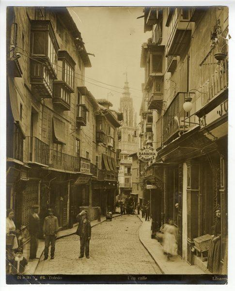 048 - Calle del Comercio