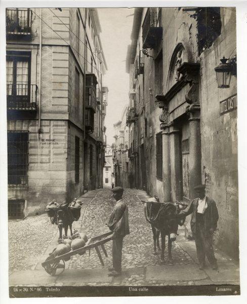 067 - Calle Núñez de Arce