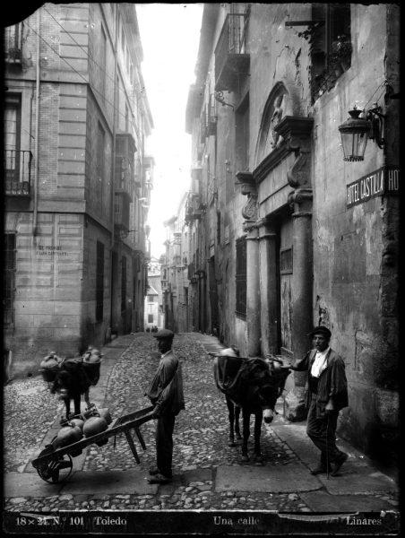 068 - Calle Núñez de Arce