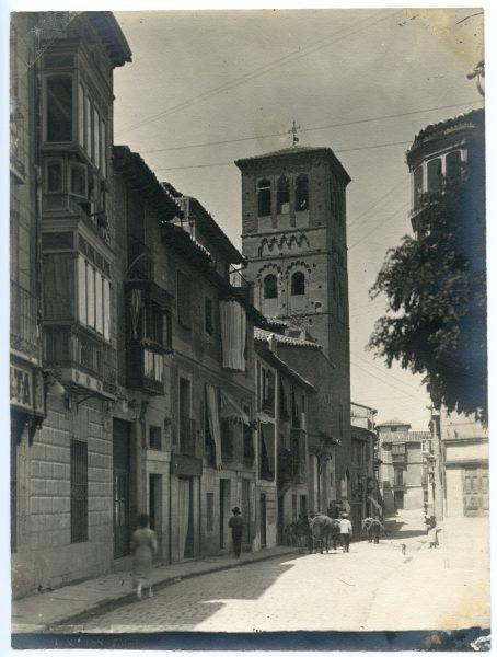 105 - Calle de Santo Tomé