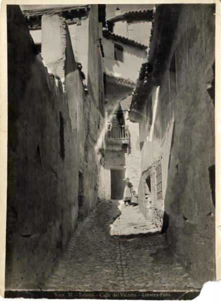 Resultado de imagen de callejon del vicario toledo