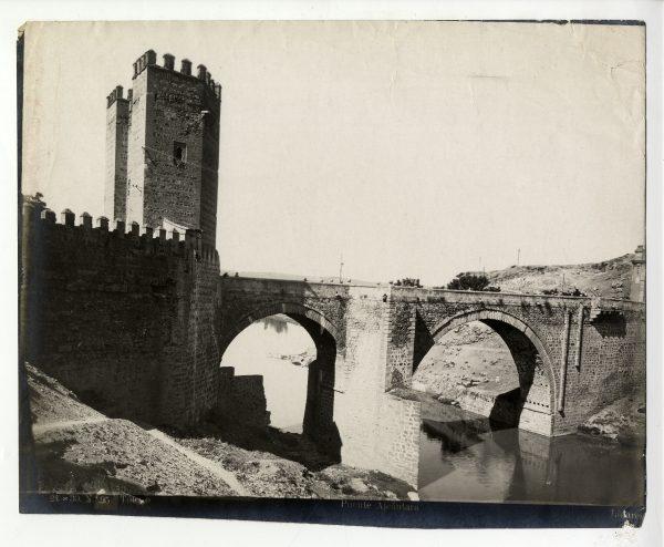 121 - Vista del puente de Alcántara