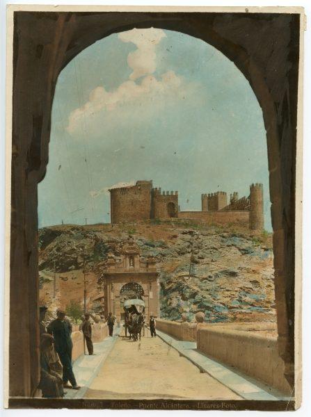 128 - Vista del castillo de San Servando desde el puente de Alcántara
