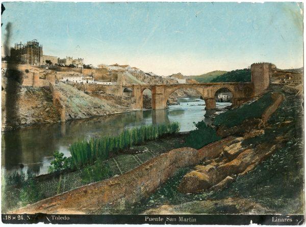132 - Vista del puente de San Martín y del río Tajo