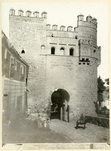 153 - Puerta del Sol_Fachada Levante