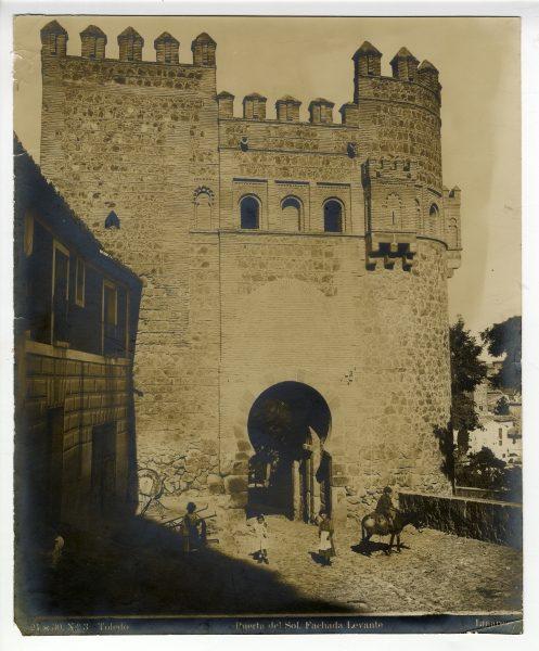 154 - Puerta del Sol_Fachada Levante