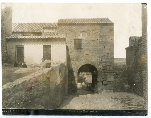 156 - Puerta de Balmardón