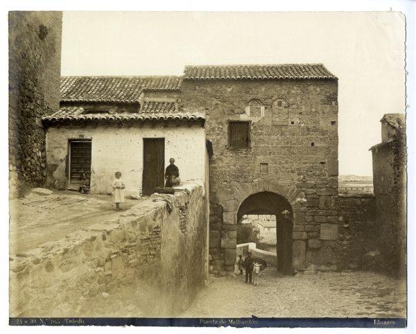 157 - Puerta de Balmardón