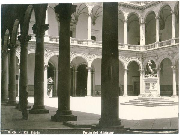167 - Patio del Alcázar