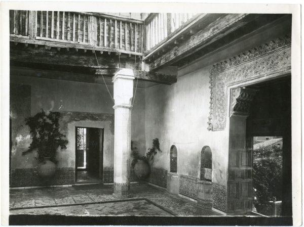 180 - Patio de la Casa del Greco