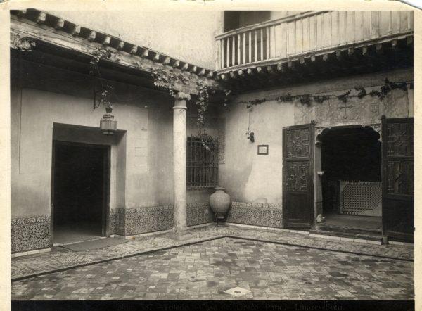 181 - Patio de la Casa del Greco