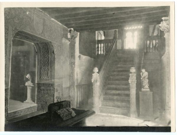 211 - Escalera de la Casa del Marqués de Toledo - Palacio de Benacazón