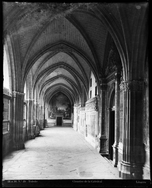 237 - Nave del claustro de la Catedral