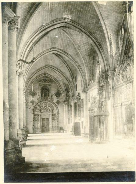 246 - Nave junto a la capilla del Tesoro