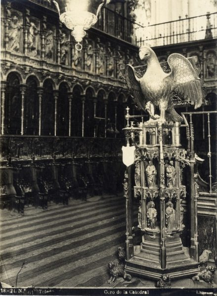 261 - Facistol en el coro de la Catedral