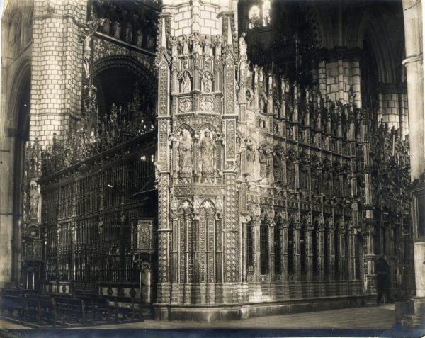 277 - Exterior de la Capilla Mayor por el lado de la Epístola