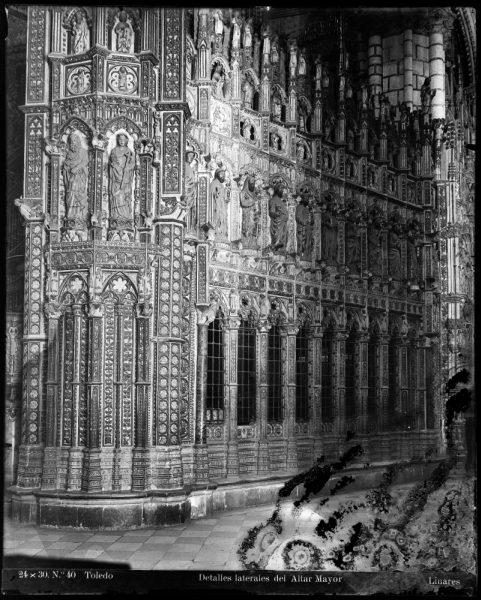 279 - Exterior de la Capilla Mayor por el lado de la Epístola