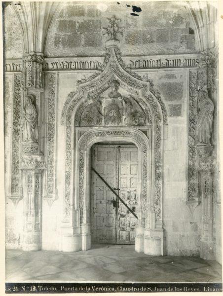 318 - Puerta de la Verónica de acceso al claustro de San Juan de los Reyes