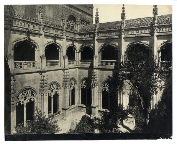324 - Patio del claustro de San Juan de los Reyes