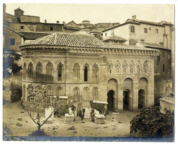 328 - Exterior de la Mezquita del Cristo de la Luz