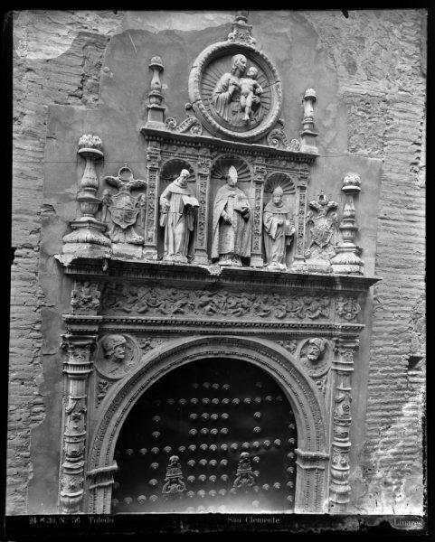 343 - Portada del Convento de San Clemente en la calle de San Clemente