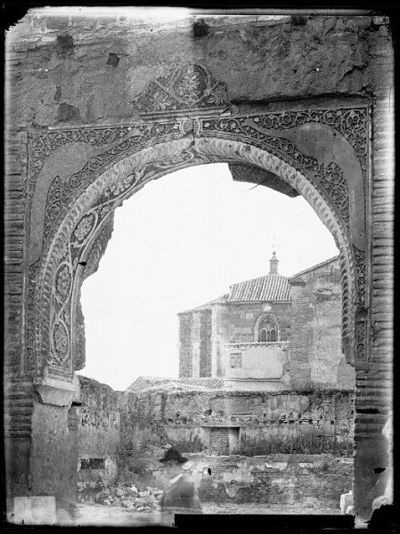 CA-0319-VI_Palacio de Don Pedro I El Cruel-Arco árabe