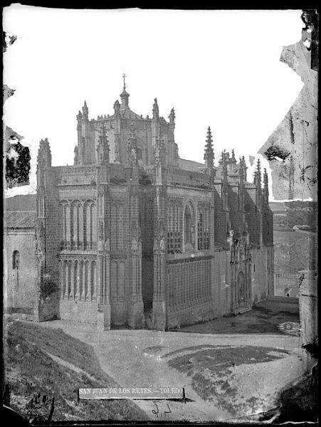 CA-0334-VI_Convento de San Juan de los Reyes-Vista exterior