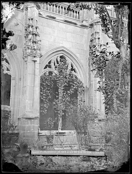 CA-0348-VI_Convento de San Juan de los Reyes-Detalle del claustro