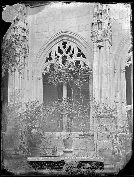 CA-0349-VI_Convento de San Juan de los Reyes-Detalle del claustro