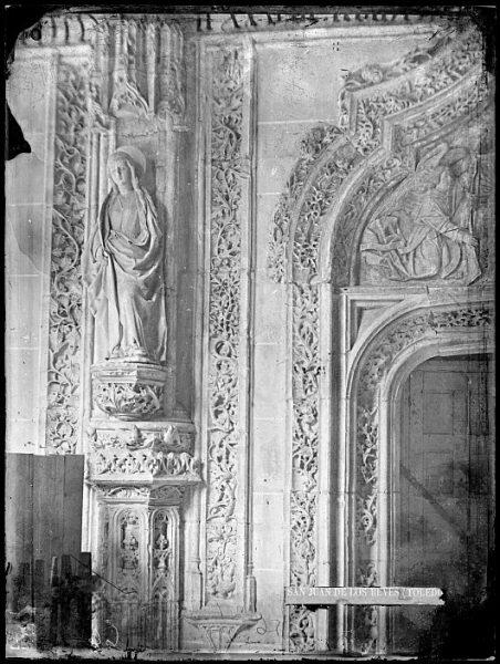 CA-0352-VI_Convento de San Juan de los Reyes-Detalle del claustro