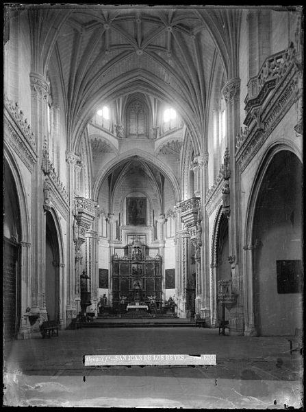 CA-0356-VI_Convento de San Juan de los Reyes-Interior de la iglesia