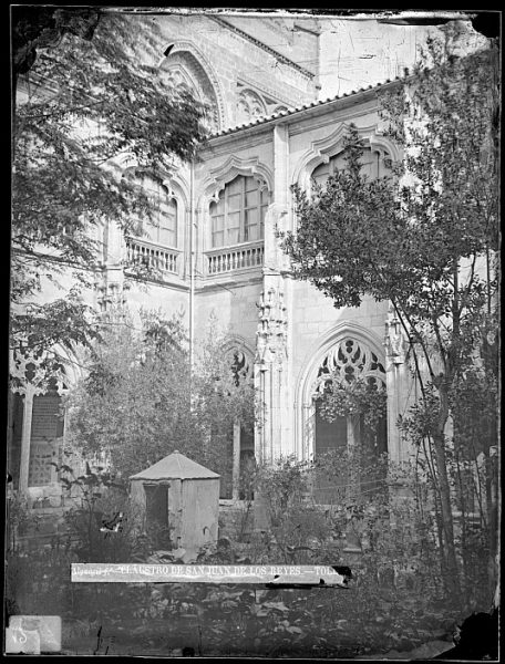 CA-0374-VI_Convento de San Juan de los Reyes-Patio del claustro