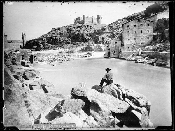 CA-0420-VI_Vista de los molinos del río Tajo y del castillo de San Servando