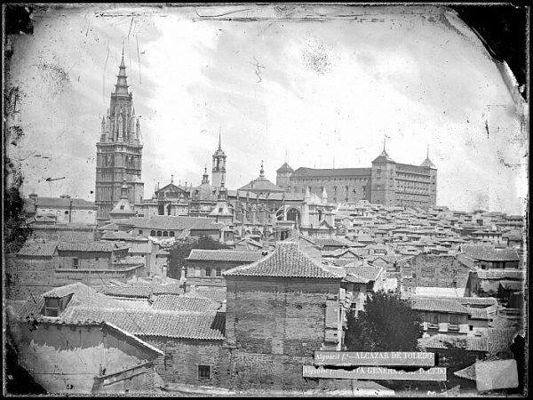 CA-0427-VI_Vista del caserío toledano junto a la Catedral y al Alcázar