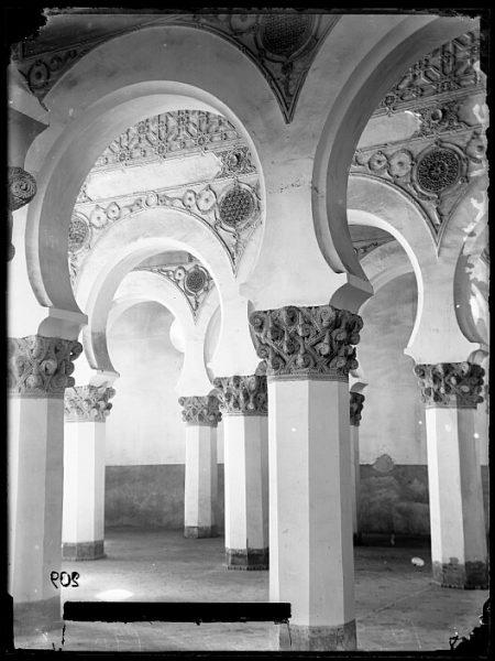 CA-0527-VI_Sinagoga de Santa María la Blanca-Interior