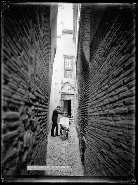 CA-0734-VI_Barbero en el callejón de la Soledad