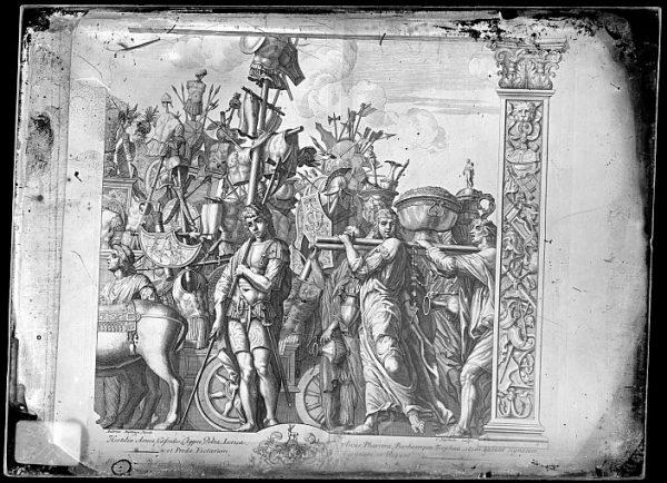 CA-0794-VI_Grabado de la serie El Triunfo de César, descrito como Hostilia Arma , basado en una obra de Andrea Mantegna y realizado por Cornelis Huyberts a finales del siglo XVII