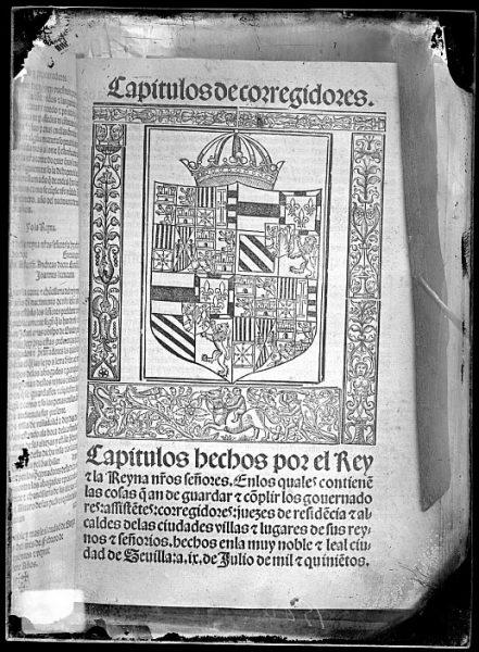 CA-0804-VI_Grabado del escudo imperial de Carlos V reproducido en un libro editado en 1527
