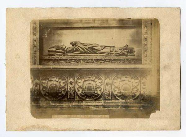 Catedral-Capilla de Santiago - Sepulcro de Juan de Cerezuela-Colección Luis Alba_LA-834066-PA