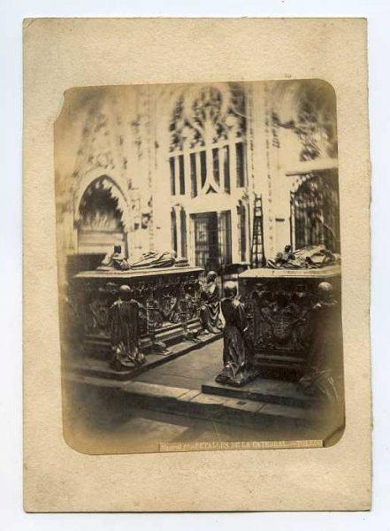 Catedral-Capilla de Santiago - Sepulcros de Álvaro de Luna y su mujer Juan Pimentel-Colección Luis Alba_LA-634053-PA