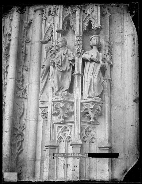 Catedral-Detalle de la Puerta de los Leones desde el exterior_CA-0191-VI