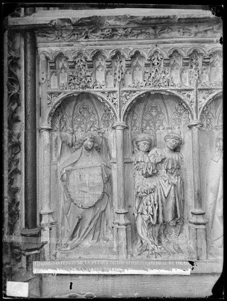Catedral-Detalle de la Puerta de los Leones desde el interior_CA-0199-VI
