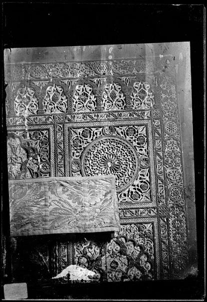 Catedral-Detalle del arrabá de la puerta interior de la Sala Capitular_CA-0283-VI