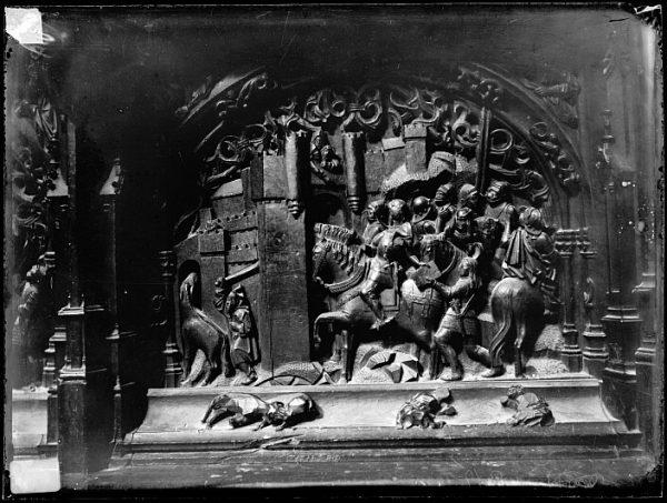 Catedral-Escena de la ocupación de una plaza indeterminada del Reino de Granada en la sillería baja del coro_CA-0135-VI