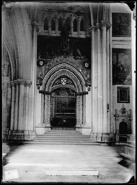 Catedral-Exterior de la capilla de San Pedro_CA-0205-VI