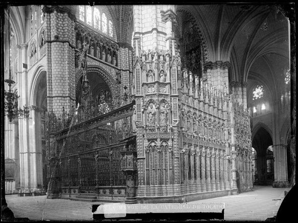 Catedral-Exterior de la Capilla Mayor_CA-0066-VI