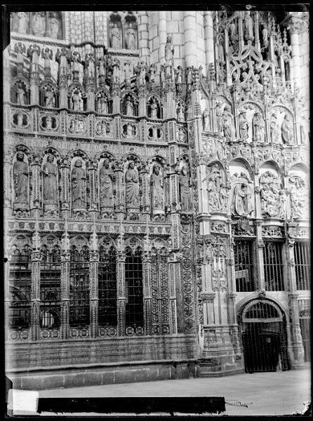 Catedral-Exterior de la Capilla Mayor_CA-0068-VI