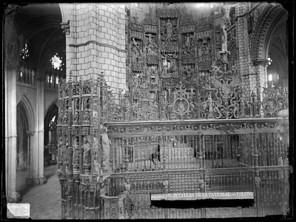 Catedral-Exterior de la Capilla Mayor_CA-0225-VI