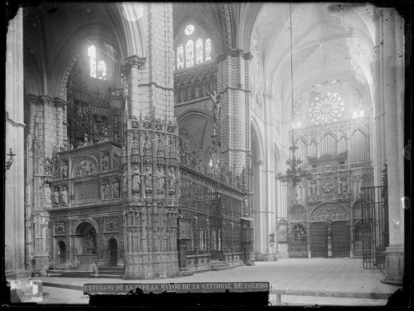 Catedral-Exterior de la Capilla Mayor_CA-0294-VI