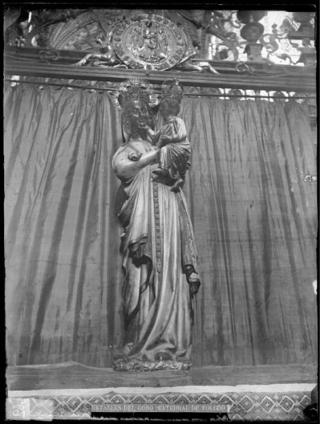 Catedral-Imagen de la Virgen Blanca en el coro_CA-0159-VI